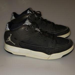 Jordan's size 2Y